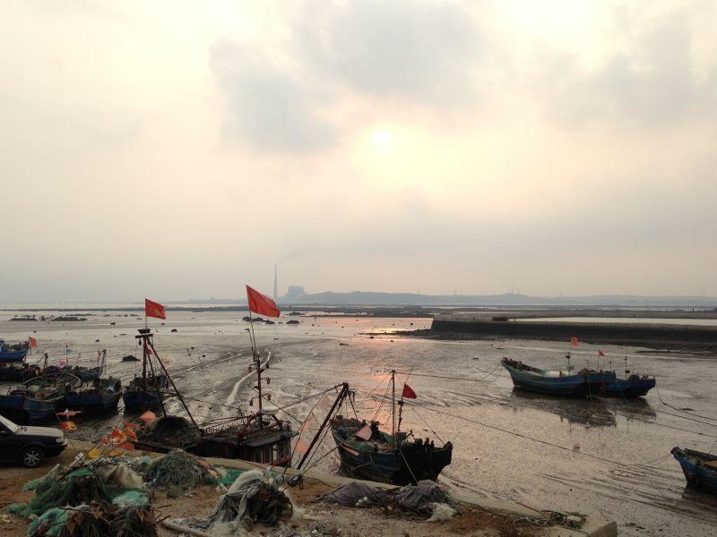 实践教学 > 写生采风 黑岛度假村位于辽东半岛大连与丹东之间的庄河市